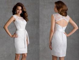 Wholesale New Vintage Short White Bridesmaid Dress Plus Size Shoulder Lace Bridesmaid Dresses Keyhole Back Sexy Cheap Bodycon Cocktail Party Dresses