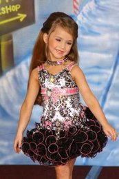 Wholesale Black And Pink Organza Little Girls Pageant Dresses With Straps Crystal Bead Sequins Ruffle Short Flower Girl Dress Best Present For Girl