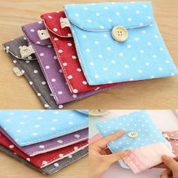 Wholesale Portable Women Hygiene Sanitary Napkins Travel Tampon Bag Lovely Polka Dot bag Random Color