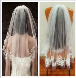 Wholesale In Stock Short Tulle Wedding Bridal Veil One Layer Beautiful Lace Applique Wedding Veils Hot Sale Cheap