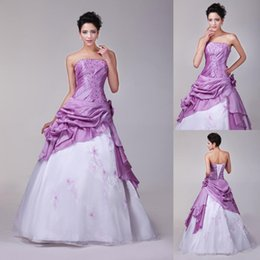 Wholesale New Stock Modern Cheap Quinceanera Dresses Debutante Ball Gowns Organza Taffeta Pick Up Embroidery Beaded Quinceanera Dresses