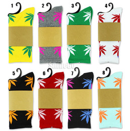 Wholesale Unisex Plantlife Cotton Skateboarding Socks Men s Maple Leaf Socks Hip hop Hosiery Warm Thick Free Size Designs Available Drop shipping