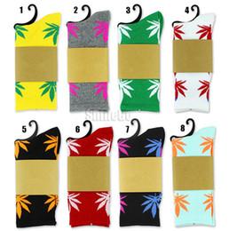 Wholesale Unisex Plantlife Cotton Skateboarding Socks Men s Maple Leaf Socks Hip hop Hosiery Warm Thick Free Size Designs Available Drop shipping