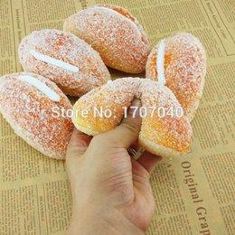 Venta al por mayor-20PCS Jumbo glaseado de crema de azúcar cubierto Squishy pan perfumado juguetes de cocina decoración del hogar de regalo al por mayor