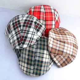 Wholesale Children Classic Caps Beanie Hat Cap Boys Beret Girls Cap Bucket Hat Wool Cap Kids Top Hat Fashion Plaid Pattern Caps Baby Fedora Hat A1690