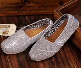 Wholesale Livraison gratuite Les chaussures plates de mode de marque de vente chaude des espadrilles pour des enfants de filles de garçons respirent des chaussures occasionnelles de scintillement des enfants de chaussures de toile