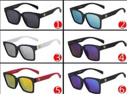 Discount woman uv sunglasses Hot Sale Women Lady Fashion Sunglasses Summer Black Oversized PC UV Sunglasses Vintage Brand Design Mix Colours