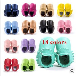 Wholesale Baby shoes genuine leather first walker shoes boys girls baby moccasins infant shoes baby soft leather baby moccasins bow newborn
