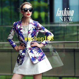 Wholesale 2015 winter new European and American women s fashion wild lily printing small suit jacket and long sections tide