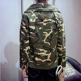 Wholesale Otoño camuflaje del ejército chaquetas de invierno de los hombres rompevientos Cuello alto capa de la chaqueta estilo militar para hombre