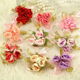 Wholesale 3 Silk Artificial Color Optional Cheap Wedding Wrist Flowers Petals Garlands Bridesmaid Wrist Corsage Wedding Accessory LH