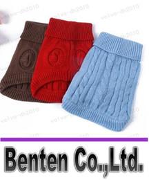 Зима мягкая Продукт Уютный свитер собаки 3-цветный 3-х размеров Pet Пальто Аран Вязать собак грелки Одежда LLFA3069F