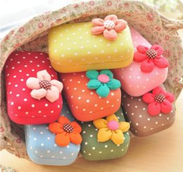 Wholesale 9 cm Korean D Flower Dots Printed Cute Sweet Containers For Contact Lenses New High Quality Glasses Case Spectacle Case X metal L2248