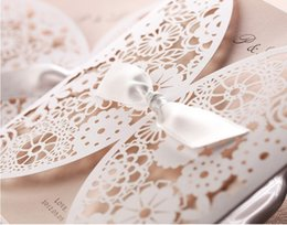 Wholesale Hot wedding favors party supply laser cut folding White Lace wedding invitation cards No Envelope No inside paper with EMS