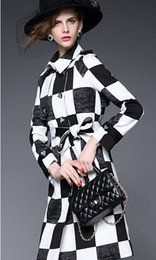 Wholesale Fall Winter Long Clothes for Women New European and American Commuter Slim Stand Neck Belt Bow Sash Trench Coats for Women