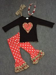 Wholesale 2 theme Valentine outfit leopard heart clothes girls shirt V day red white dot pants with matching accessories