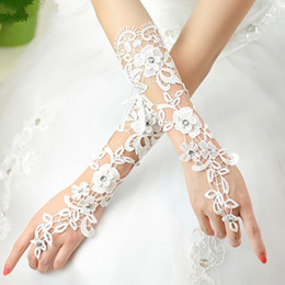Wholesale 2015 Hottest Sale Bridal Gloves White Lace Below Elbow Length Fingerless Elegant Wedding Party Gloves Cheap In Stock