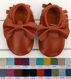 Wholesale 150Pairs fedex Girls Bow Moccs Baby Fringe Moccasins Top Layer cow leather infant walking shoes colors size for T choose freely