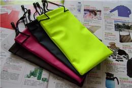 Wholesale 1000pcs waterproof leather plastic sunglasses pouch soft eyeglasses bag glasses case