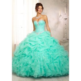 Wholesale 2014 Stock Elegant Amazing Ball Gown Ruffles Sleeveless Beading Strapless Lace Up Quinceanera Dresses Size QD88
