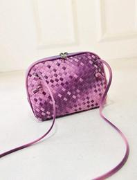 Trendy Messenger Bags For Men Online | Trendy Messenger Bags For ...