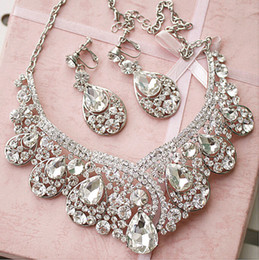 Wholesale 2015 HB00036 New Arrival Earring Neck Romantic HOt Tow Pieces Crystals Wedding bridal Jewelry Set Dress Accessories