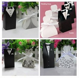 Wholesale New Bride and Groom Candy Boxes Wedding Favors with Flower Pattern Gift Box Party Supply style