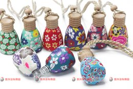 Wholesale 15 ml Car hang decoration Ceramic essence oil Perfume bottle Hang rope empty bottle random colors styles Clay ornaments perfume bottles