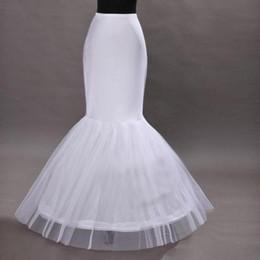 Wholesale Increíble barato vestido de bola de la enagua de la sirena del vestido de boda de la sirena del piso resbaladizo del aro Longitud de la falda de la enagua de la crinolina enagua