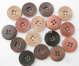 Wholesale 20mm Boutons mm mm trous à coudre de WBNWLS pour bouton Garment Valise en bois brun Sery Vêtements Accessoires