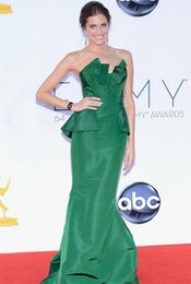 Wholesale Elegant Green Fashion Celebrity Dresses Mermaid Scalloped Backless Ruched Peplum Long Satin Evening Party Dresses
