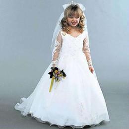 Wholesale La alta calidad hecha a mano linda una línea cuello de V encaje modesto Appliques la ilusión manga larga muchacha de flor viste el pequeño vestido de la novia de la novia