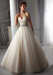 En Stock 2016 Cristales Imperio vestidos de novia novia Rhinestones marco moldeado de la gasa del vestido nupcial del hombro tribunal tren
