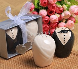 Wholesale Wedding Supplies favor and wedding gift quot Mr Mrs quot Ceramic Salt and Pepper Shakers Event Party Favors and gift pairs