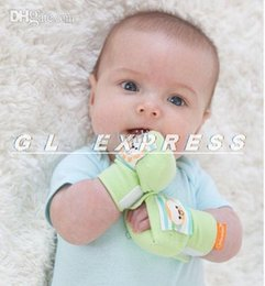 Wholesale 2015 Baby infant Soft Soothing Hand Rattle Squeezies Anti scratch Mittens Gloves