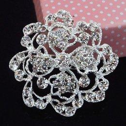 Wholesale Diamante Wedding Brooch Pins Cheap Price Bridesmaid Dress Flower Pin Broach Woman Collar Pins B845