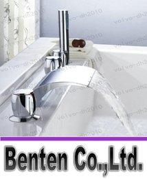 llfa468 Waterfall mitigeurs robinet de la baignoire salle de bains de baignoire avec douche à main cinq morceaux mis 2270g