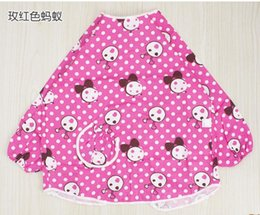 Wholesale baby overclothes there is a waterproof cloth lining inside of Overclothes chest THE cartoon fabric is cotton twill FABRIC COMFORTABLE