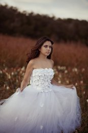 Wholesale Fantastic White A Line Quinceanera Dresses Appliques Beads Strapless Sweep Train Tulle Prom Dress