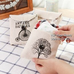 Wholesale Vintage Linen jute bag for menstrual pad Antique Eiffel Pocket Storage bag for sanitary napkin feminine pads Novelty zakka
