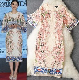 Wholesale 2015 New Arrival Women s O Neck Half Flare Sleeves Appliques Flowers Printed Straight Elegant Runway Dresses