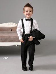 Wholesale Four Pieces Luxurious Black Ring Bearer Suits cool Boys Tuxedo With Black Bow Tie kids formal dress boys suits fashion kids suits