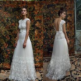 Wholesale 2016 Dentelle Robes de mariée de plage manches courtes Lihi hod Jewel Neck robe de mariée Backless Vintage ruban long ruban Best Selling Robes de mariée