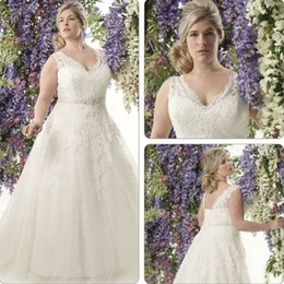 Wholesale Vintage Plus size New Lace Wedding Dresses A line Sexy V Neck Bridal Gowns Lace up Corset Back Spaghetti Straps Customized Made