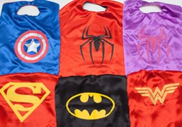 Wholesale Superhero Cape cloak chlid Halloween Costumes Batman Superman Spiderman Princess Fancy Dress COSPLAY kidsTheme Cartoon costume Clothing
