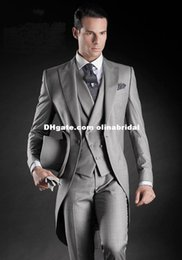 Wholesale Handsome Beautiful Light Grey Morning Suits Groom Tuxedos Suit Slim fit tuxedo suits Jacket Pants Vest Tie Kerchief