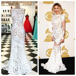 Wholesale White Lace Prom Dresses Bateau Neckline Long Sleeves Prom Gowns Floor Length Formal Evening Party Dress