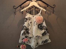 Wholesale baby Girls summer lovely sleeveless Children s Outfits kids flower Suspenders shorts Sets Floral Pattern Girls fashion two piece suits