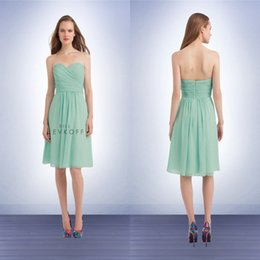 Wholesale Lime Short Bridesmaid Dresses Sweetheart Ruched Knee Length Chiffon Summer Short Beach Party Gowns High Quality