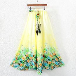 Wholesale FG1509 Nouveau été décontracté Bohême Femmes plissé Boho Floral Imprimer Beach Maxi fleur élastique taille pleine jupe longue façons de porter